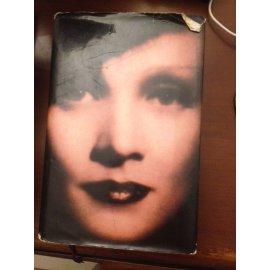 Marleine Dietrich – By Her Daughter